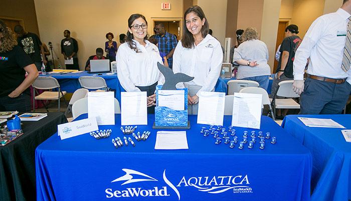 SeaWorld kicks off 2017 C2C partnership with employer social